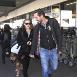 Amanda Seyfried i Thomas Sadoski na lotnisku w Los Angeles