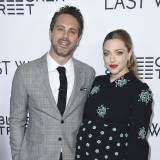 "Amanda Seyfried i Thomas Sadoski na preierze filmu ""The Last Word"""
