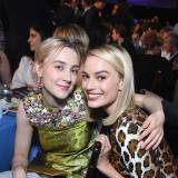 "Margot Robbie i Saoirse Ronan w filmie ""Mary Queen of Scots"""