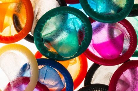 Powstały kondomy, które liczą kalorie spalone w trakcie seksu