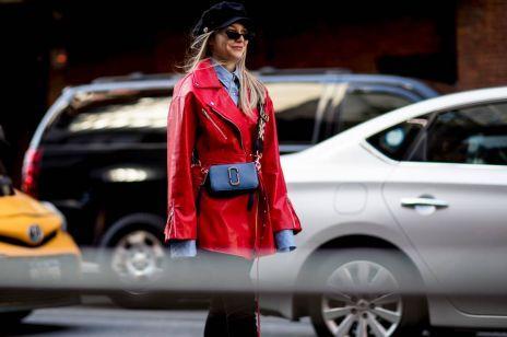 Jak nosić kolorowy płaszcz? Trendy wiosna 2018