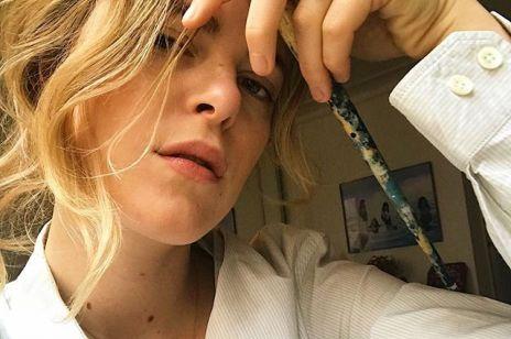 Odmładzające fryzury: cięcia, kolory, upięcia