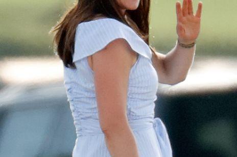 Księżna Kate znów pojawiła sięw sukience Zary. Zobacz zdjęcia!
