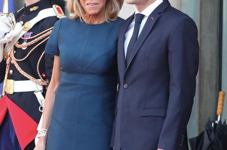 ELLE Spy: Brigitte Macron w granatowej sukience Louis Vuitton