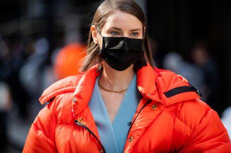 Rząd przedłuża obostrzenia dotyczące koronawirusa i wprowadza obowiązek zasłaniania ust i nosa od przyszłego czwartku