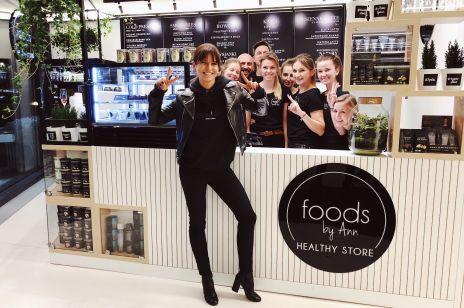 Anna Lewandowska otworzyła swoją pierwszą kawiarnię Healthy Store by Ann