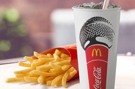 McDonald's rezygnuje z plastikowych słomek