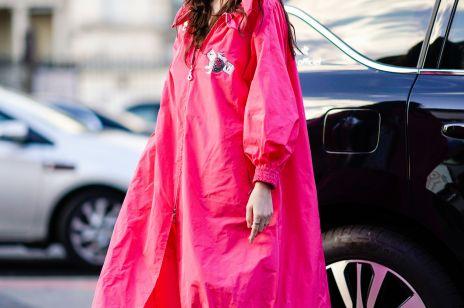 541bf360e9c71e Jak stylowo przetrwać deszczowe dni lata? Wybieramy TOP 10 modnych kurtek i  płaszczy przeciwdeszczowych z