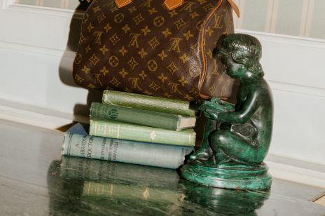 Gdzie kupować Chanel, Gucci i Céline z drugiej ręki? SHOWROOM.pl wprowadza do swojej oferty luksusowe produkty vintage