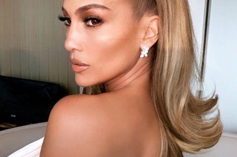 Modne fryzury: to uczesanie było hitem w latach 60. Włosy w tym stylu uwielbiają teraz Kim Kardashian West, Jennifer Lopez, Kylie Jenner i Sophie Turner [trendy 2019]