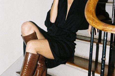 Najmodniejsze czarne sukienki z nowych kolekcji na 2020 rok. Zobacz modele od znanych marek i projektantów