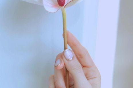 Najpiękniejsze zdobienia w wieczorowym manicure na wiosnę i lato 2020  [Wybór ELLE.pl]