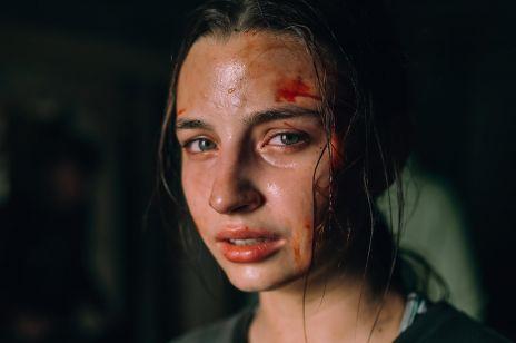 """""""W lesie dziś nie zaśnie nikt"""" nie trafi do kin. Polski horror zobaczycie na Netflix"""