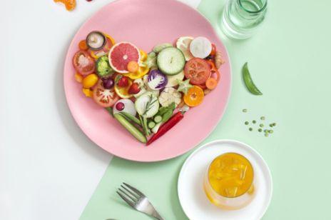 Te warzywa i owoce powinny znaleźć się w twojej diecie, jeśli chcesz zwiększyć odporność organizmu. Poznaj łatwo dostępne i zdrowe Superfoods
