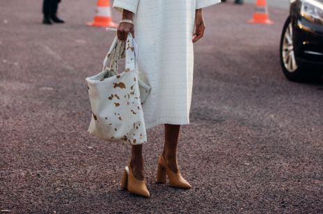 Stylowe buty i torebki w zwierzęce wzory: tych modeli nie możecie przeoczyć