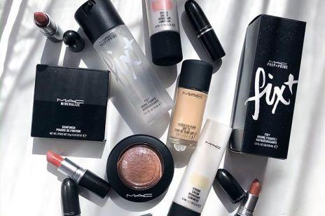 Podkład Estée Lauder, szminki MAC, róż do policzków Clinique - kultowe kosmetyki do makijażu kupicie tylko dziś ze zniżką Beauty May do 25% taniej