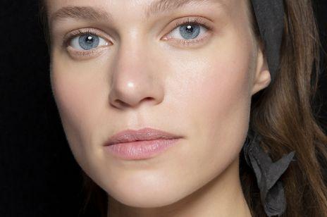 Kosmetyki, które stymulują produkcję kolagenu: 7 najlepszych kremów, olejków i serum anti-aging
