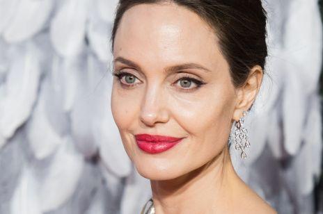 """Angelina Jolie ujawniła dlaczego rozstała się z Bradem Pittem. """"Zrobiłam to dla dobra mojej rodziny"""""""