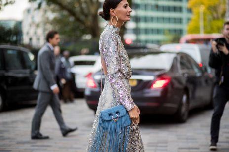 Sukienka na wesele dla teściowej: najmodniejsze kroje, kolory i dodatki. Poznaj nasze propozycje na stylizacje na ślub dla teściowej