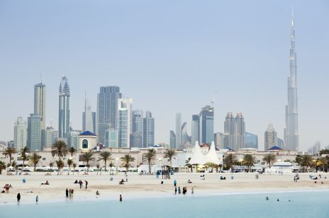 Dubaj - co warto zobaczyć podczas podróży do Emiratów Arabskich? Kultura, turystyka i bezpieczeństwo w Dubaju