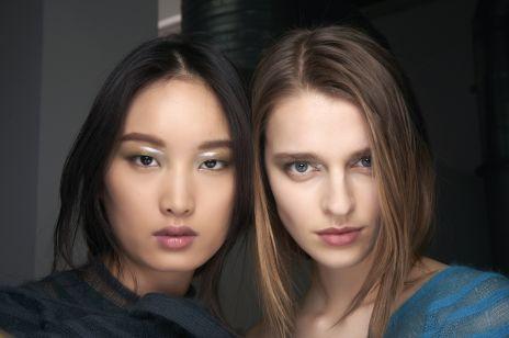 Modny makijaż na jesień i zimę 2020/2021. Oto 8 najważniejszych trendów nadchodzącego sezonu