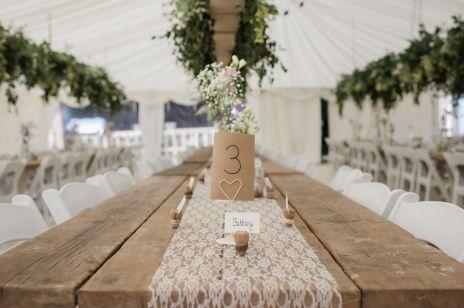 Motyw przewodni na wesele. 5 modnych pomysłów na styl imprezy poślubnej