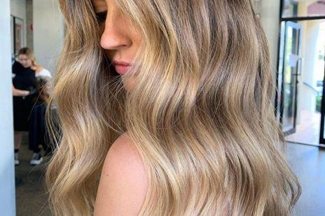 Ta odżywka to sposób na puszące się włosy. Wygładza, odżywia i nabłyszcza. Ma tysiące pozytywnych opinii