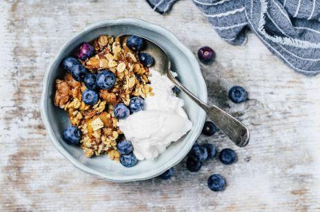 Fit śniadanie: 10 pysznych i pełnowartościowych propozycji na początek dnia