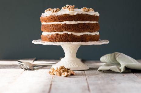 Ciasto marchewkowe fit – prosty przepis na pyszną i zdrową przekąskę