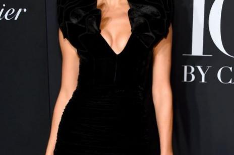 Irina Shayk w stylizacji z sieciówki! Modelka miała na sobie komplet, który znajdziemy teraz w ofercie H&M
