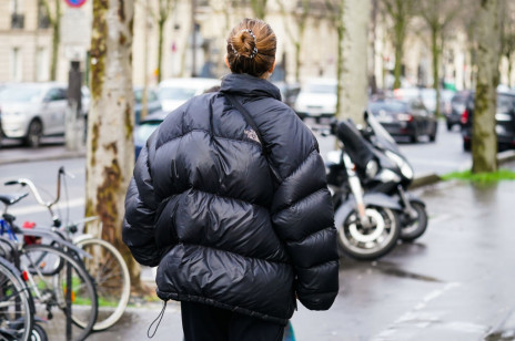 Najmodniejsze kurtki puchowe damskie na sezon jesień-zima 2020/2021. Istnieje duża szansa, że masz je już w swojej szafie