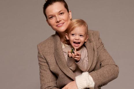 Nowości Mango reklamuje polska modelka - Kasia Struss. W kampanii wystąpiła ze swoją córeczką, Alą