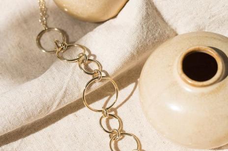 Najmodniejsza (i najpiękniejsza) biżuteria, którą kupicie w promocji podczas Black Week [Wybór redakcji ELLE.pl]