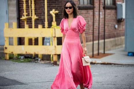 Modna sukienka dla druhny i świadkowej. Poznajcie trendy na nadchodzący sezon 2021