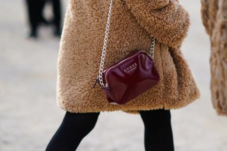 Najbardziej pożądane torebki damskie. To tych modeli i marek najczęściej szukamy w Internecie