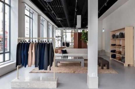 """H&M rusza z nową marką. Singular Society ma działać jak """"ubraniowy Netflix"""", a ceny produktów będą takie jak koszty ich wyprodukowania"""