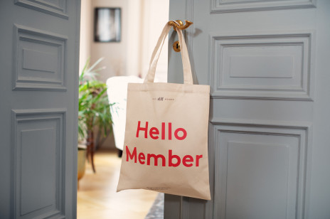 Specjalna oferta prenumeraty ELLE dla klubowiczów Hello H&M Member z prezentem!