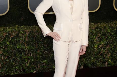 Jane Fonda wystąpiła po raz drugi w tym samym garniturze! [Złote Globy 2021]