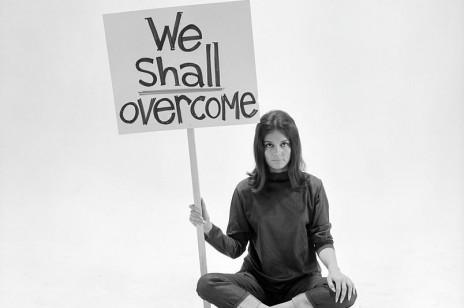 Organizacje i fundacje kobiece, które warto wesprzeć zamiast wręczać goździka na Dzień Kobiet