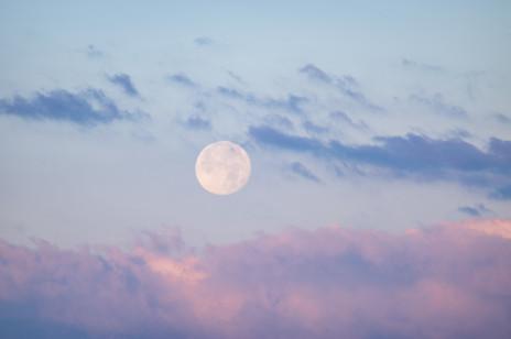 Horoskop tygodniowy 2021 na 22-28 marca. Co przyniesie pełnia Księżyca w Wadze?