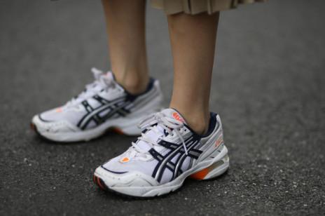 Asics stworzyło buty z używanych ubrań. Ich sneakersy z recyklingu pomagają zmniejszyć emisję CO2