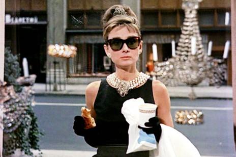 """Tiffany & Co. rezygnuje z legendarnego odcienia turkusu? Poznajcie nowy kolor ,,Tiffany Yellow"""""""