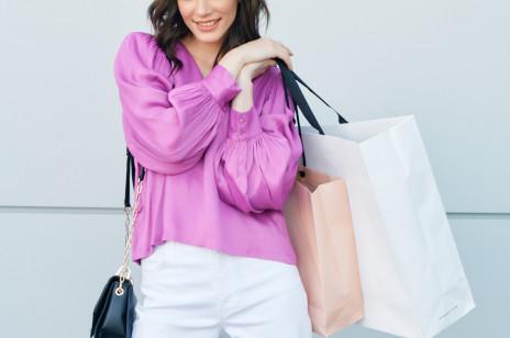 Szaleństwo zakupów 2021: lista marek, które wezmą udział w akcji rabatowej [CCC, H&M, Guess i ponad 180 innych sklepów]