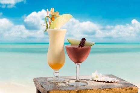 Drinki z Malibu: przepisy na 5 pysznych drinków z kokosową nutą
