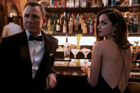 """Daniel Craig żegna się z Jamesem Bondem. Zobaczcie emocjonalną przemowę tuż przed premierą """"No time to die"""""""