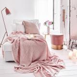 Różowa Sypialnia Elle Decoration Trendy Jesień Zima 2019