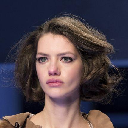 Długie Włosy Ellepl Trendy Jesień Zima 2019 2020 Moda