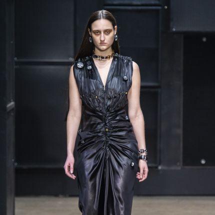 86fd25eea8 fashion week milan - Elle.pl - trendy wiosna lato 2019  moda