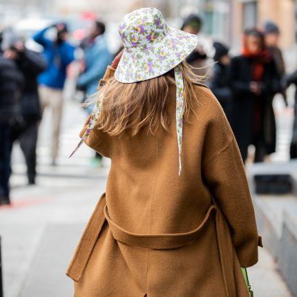 kapelusze Elle.pl trendy wiosna lato 2020 moda, uroda