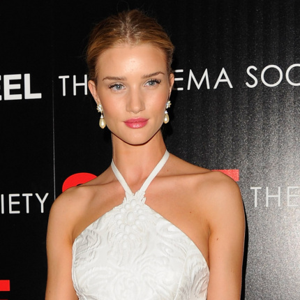 Rosie Huntington-Whiteley o bieliźnie Marks & Spencer